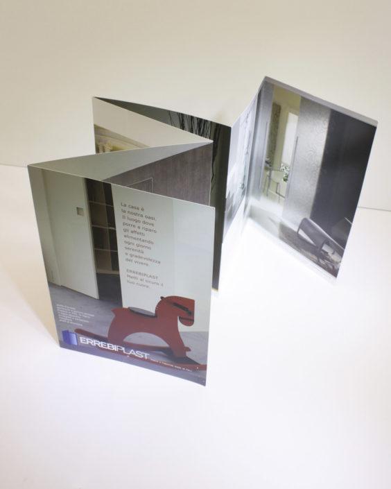 IDEA progettazione grafica cataloghi e brochure Pesaro